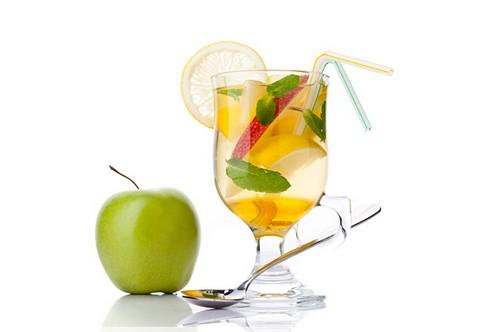 Яблочный чай - польза и рецепты
