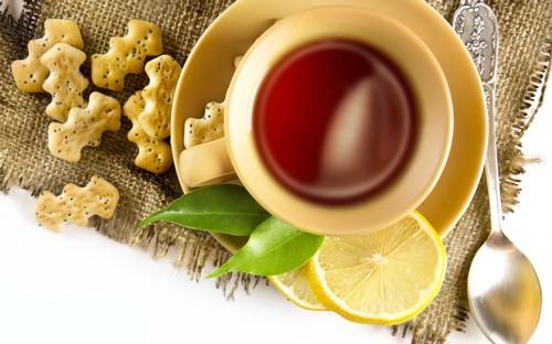 Чай до еды или после еды? Можно ли запивать еду чаем?