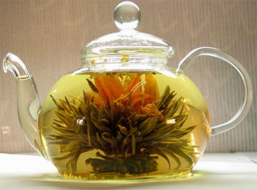 Раскрывшийся связанный чай