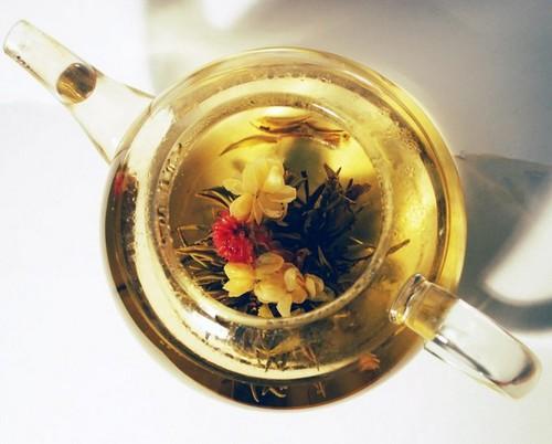 Связанный чай - вид сверху