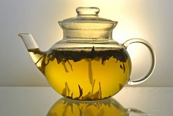 Танец чаинок желтого чая
