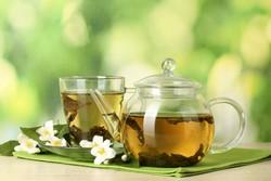 Листовой чай намного лучше бутылочного