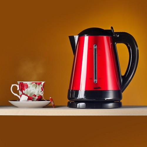 Согласитесь, очень красивый чайник и чашечка чая