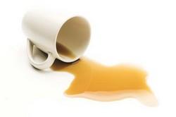 Удалить и вывести пятно от чая легко