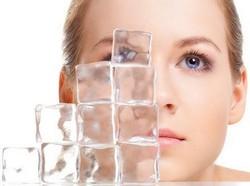 Кубики льда из зеленого чая полезны для кожи лица