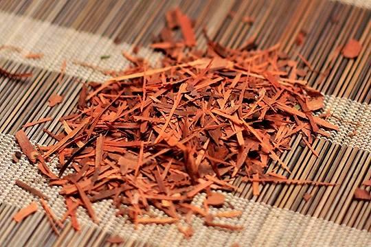 Листья лапачо чая
